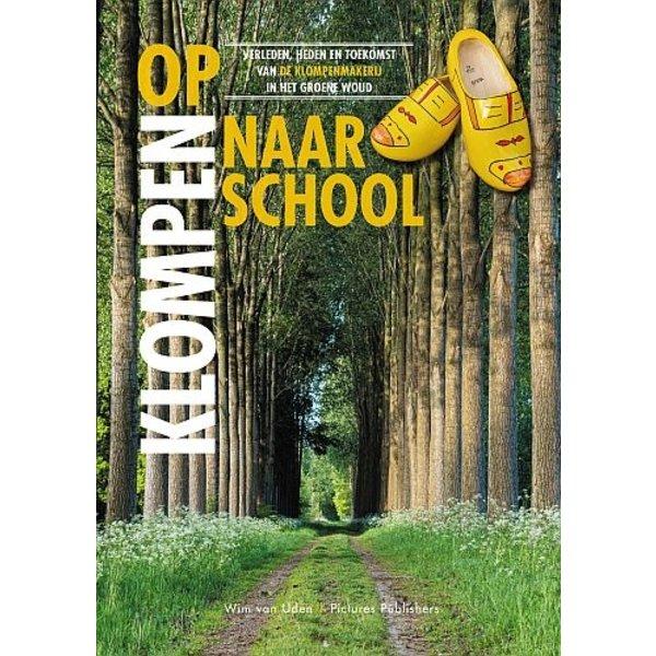 """Buch """"über Clogs zur Schule"""""""