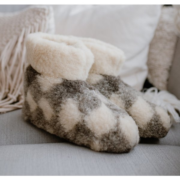 DINA Wollpantoffeln hohes Modell kariert