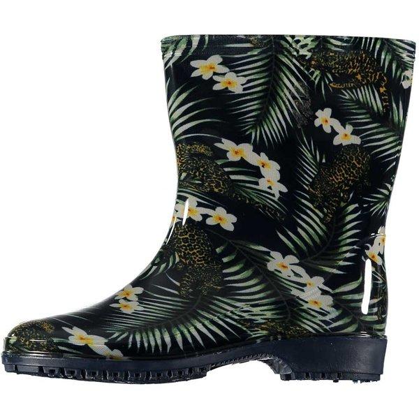 All season boots daisies
