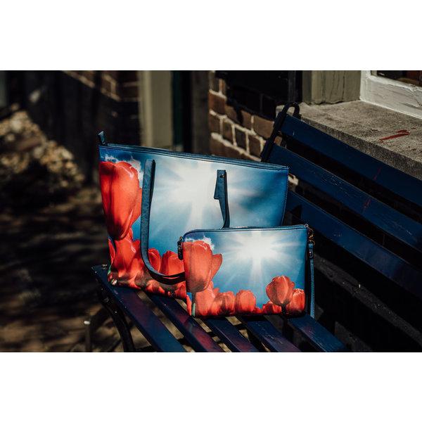 Celdes Tassenset Rode tulpen in de zon (twee tassen)