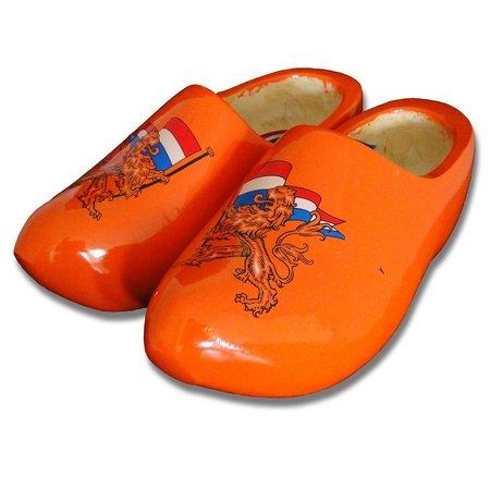Dutch lion woodenshoes