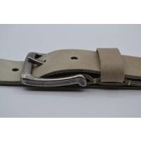 45mm brede Scottsbluf riem gemaakt van volnerf Italiaans leer. Afgewerkt met een nikkelvrije gunmetal gesp.