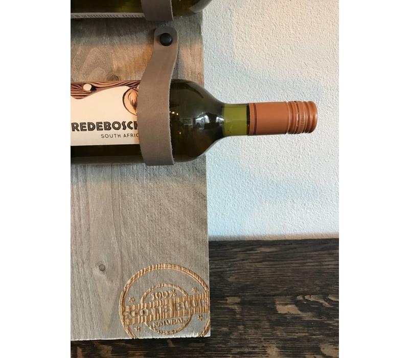 Dit eigentijds wijn of tijdschriftenrek van 100cm hoog