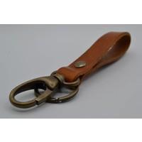 Stijlvolle Sleutelhanger gemaakt van nikkelvrije bronzen delen met Italiaans volnerf leer