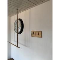 Superleuk sleutelplankje van douglas hout met 3 echt lederen sleutelhangers