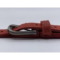 Moderne 2cm brede damesriem gemaakt van splitleer met slangenprint en gunmetal gesp