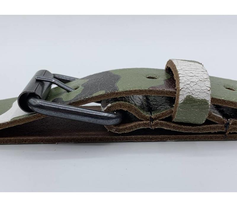 3cm brede kinderriem met camouflage print en zwarte nikkelvrije rol gesp.