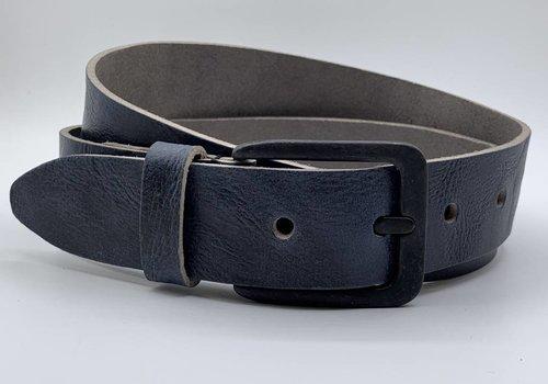 Scotts Bluf Stoere blauwe riem met gekreukt leer en mat zwarte gesp