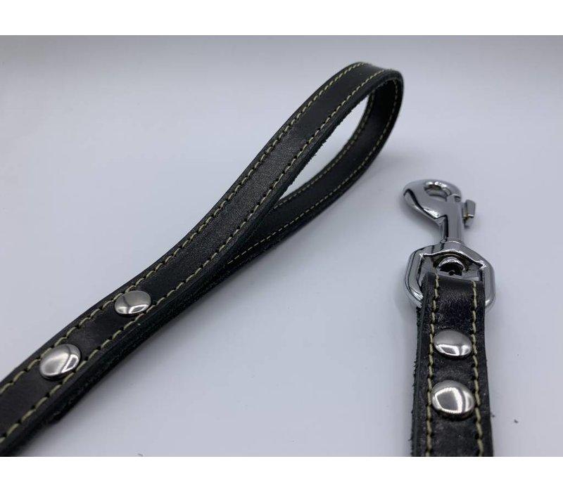 Zwarte oersterke bijpassende echt lederen lijnen om u hond er stijlvol bij te laten lopen.