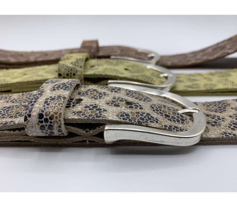 Leuke gele 3.5cm brede riem van echt leer met panterprint en nikkelvrije gesp