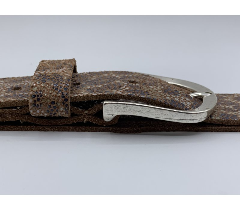Leuke bruine 3.5cm brede riem van echt leer met panterprint en nikkelvrije gesp.