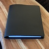 Scotts Bluf Zwarte schrijfmap. Geheel te personaliseren met naam of logo.