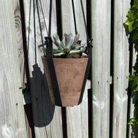 Hangpotten van Scotts Bluf. Complete set met pot, banden, ring en s haak.