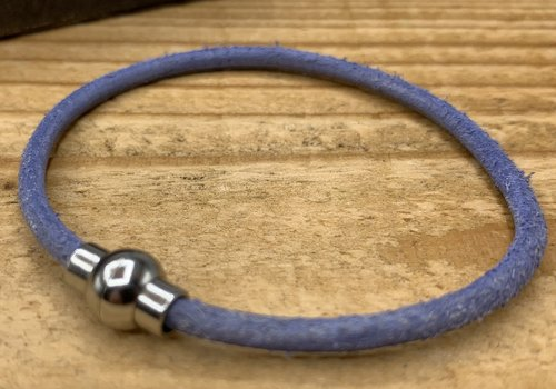 Scotts Bluf Smal armbandje van blauw 3mm dik echt rondleer.