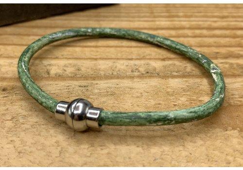 Scotts Bluf Smal armbandje van groen 3mm dik echt rondleer.