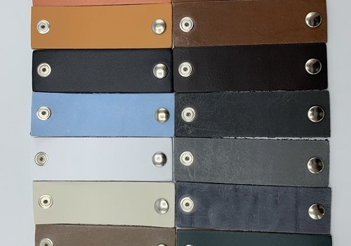 Scotts Bluf Smalle handgrepen in vele kleuren verkrijgbaar.