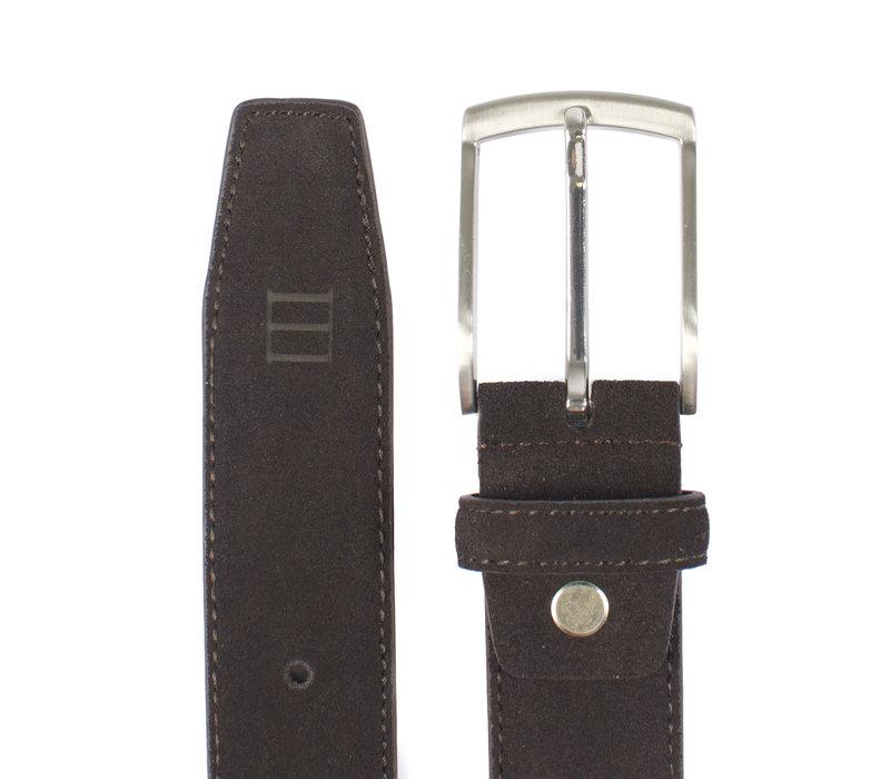 bruine echt leren riem gemaakt van suede  en makkelijk aanpasbaar d.m.v. een schroefje
