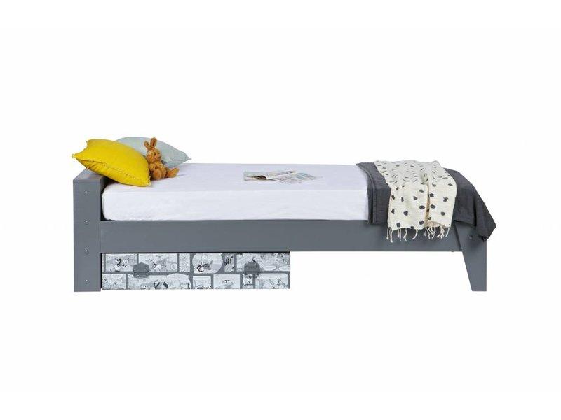 Woood Donald Duck bed