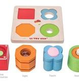 Le Toy Van LE TOY VAN - Zintuigenspel met  4 vormen