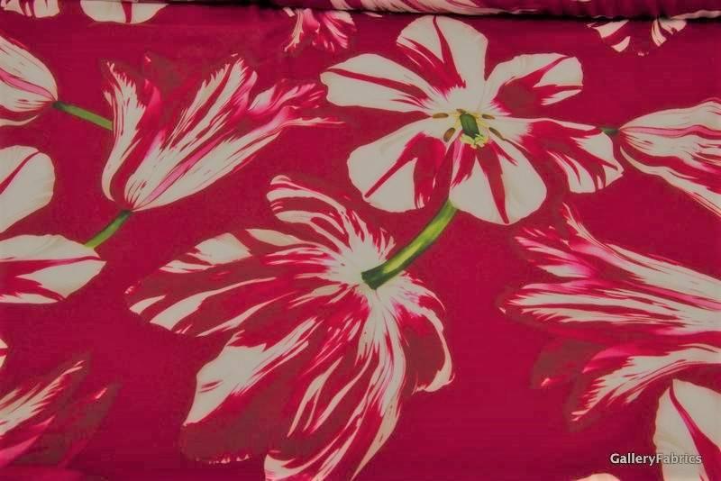 MOOILOOP MOOILOOP - Habutai zijde Rode bloemen
