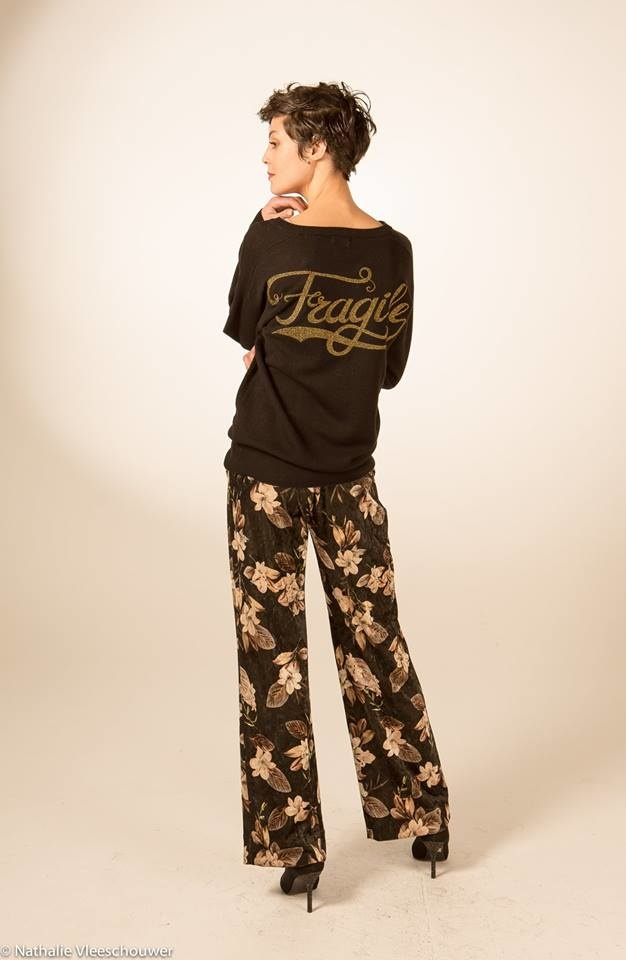 Fragile Fragile - Velvet Flowers Black