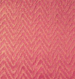 Zalmroze rekbare stof met visgraatmotief