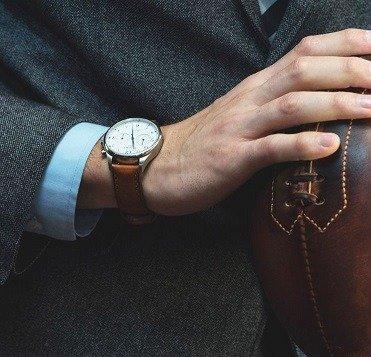 Hoe kies je als man een horloge met stijl: 4 gouden keuzefactoren