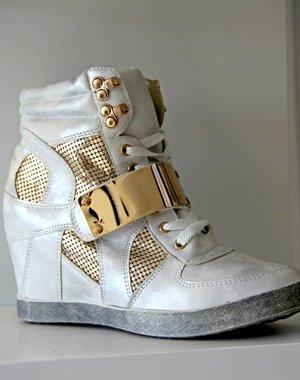 Trendy Sneakers met Metalen Klittenband Wit