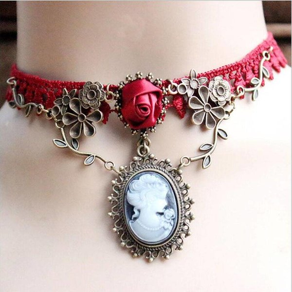 Gothic Style Choker Ketting Pink