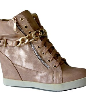Trendy Sneakers met Vergulde Metalen Ketting