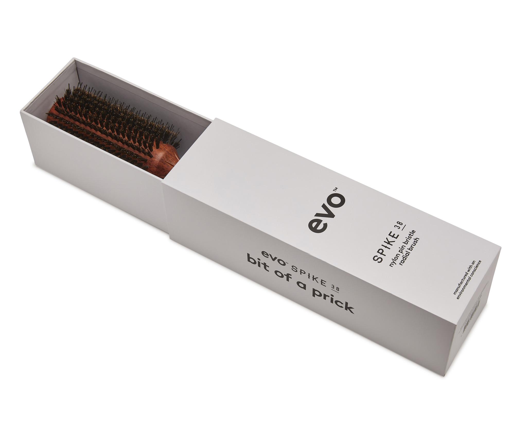 EVO Brosse SPIKE ronde à poils et picots 38mm