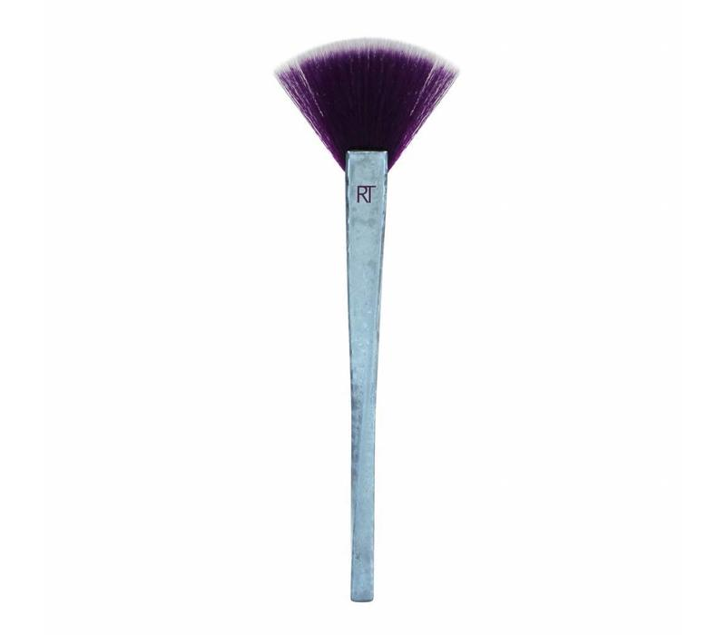 Real Techniques Brush Crush #2 Fan Brush 304