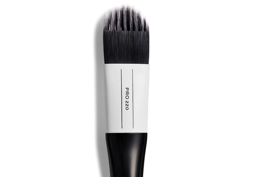 Revolution Pro 220 Medium Feathered Flat Brush