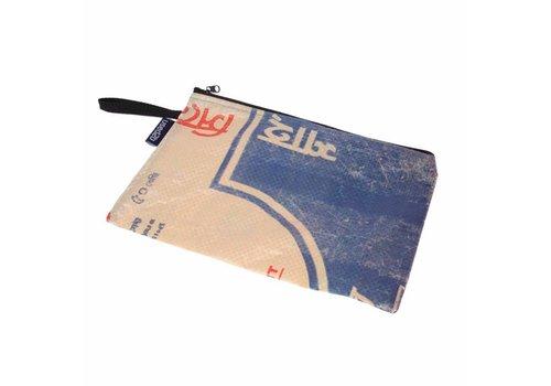 Used2b Used2b Cement Taka 3 - Groot Etui - Upcycled- 30 x 19 cm - Blauw