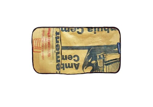Used2b Used2b Verzorgingsmatje Ambuja - Upcycled Cement - Beige