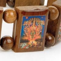 Houten armbanden met Hindu goden