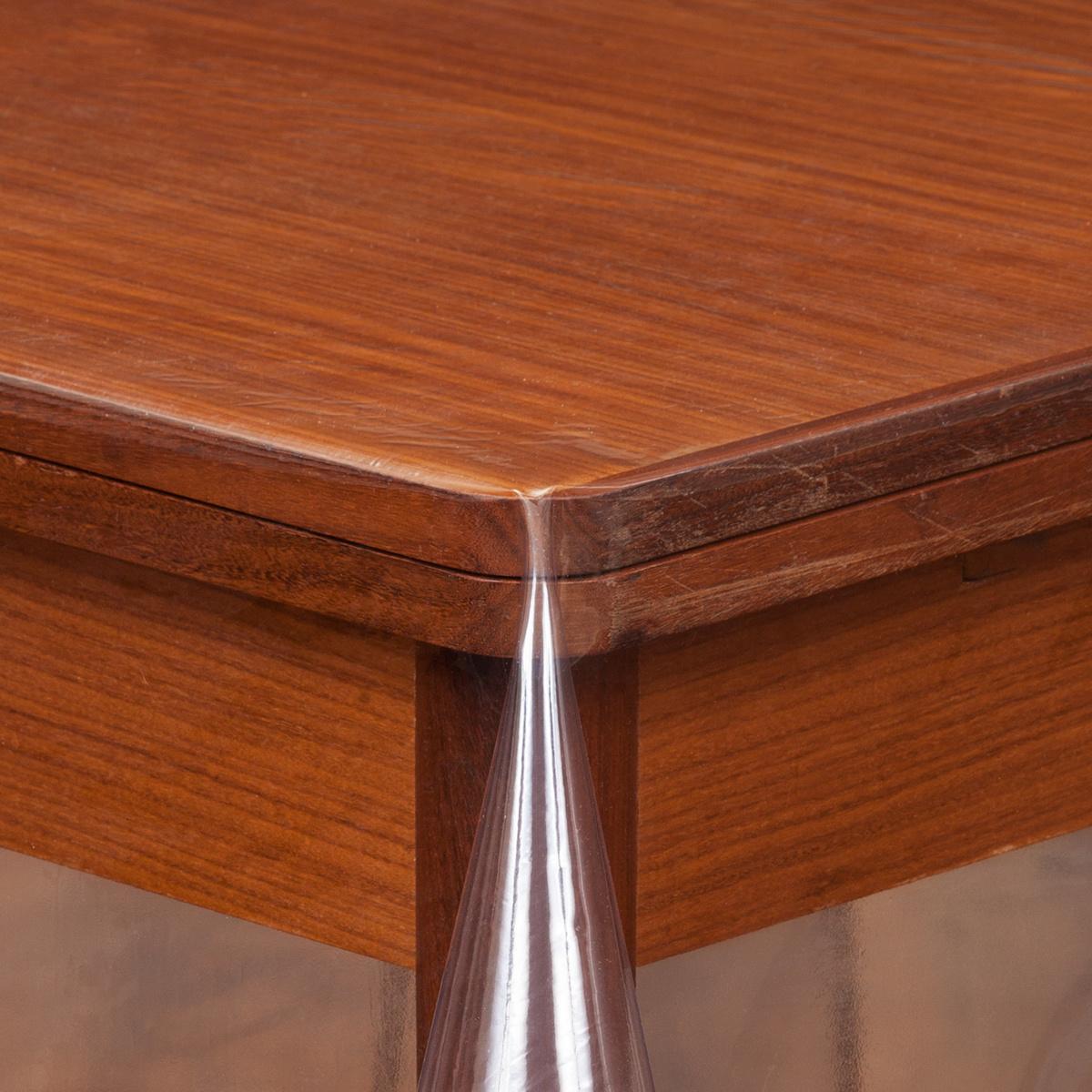 Doorzichtig tafelzeil doorschijnend tafelkeed