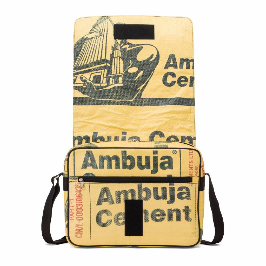 Used2b Urban Messenger L Ambuja muscles