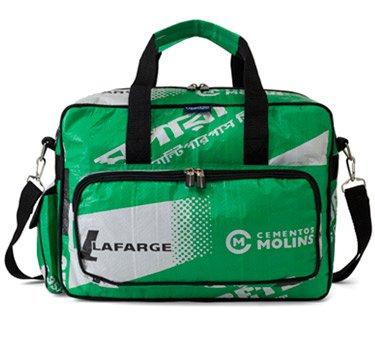 Used2b Transit cement bags Lafarge
