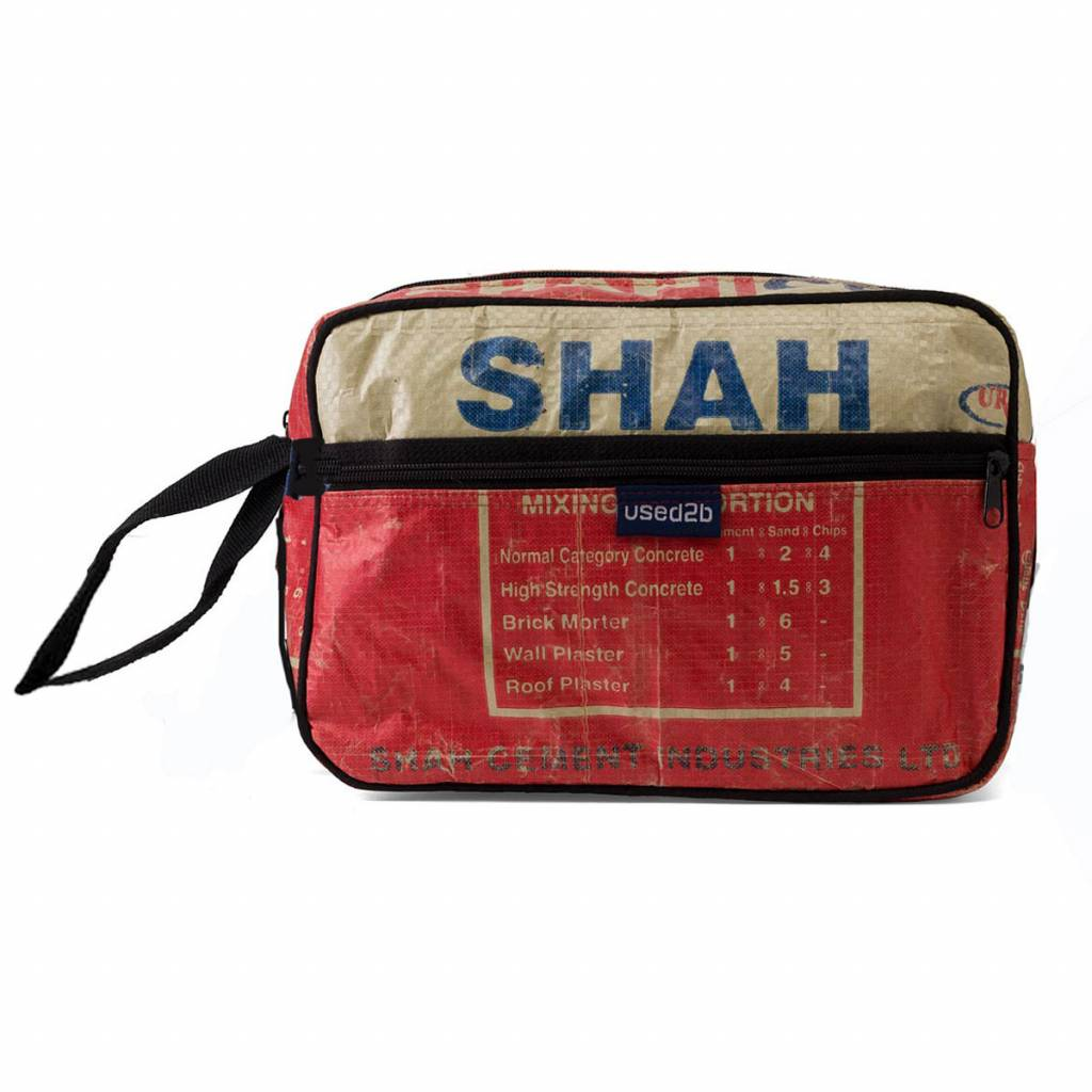 615644cd12 Toiletry bag upcycled cement bags Shah red - Used2b.nl