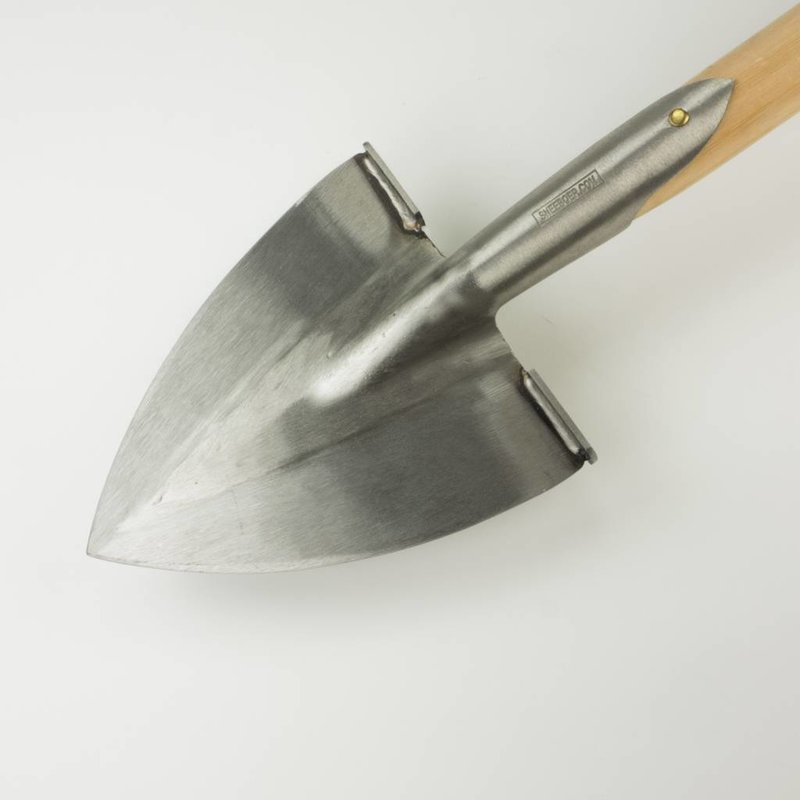 Pointed Spade with steps