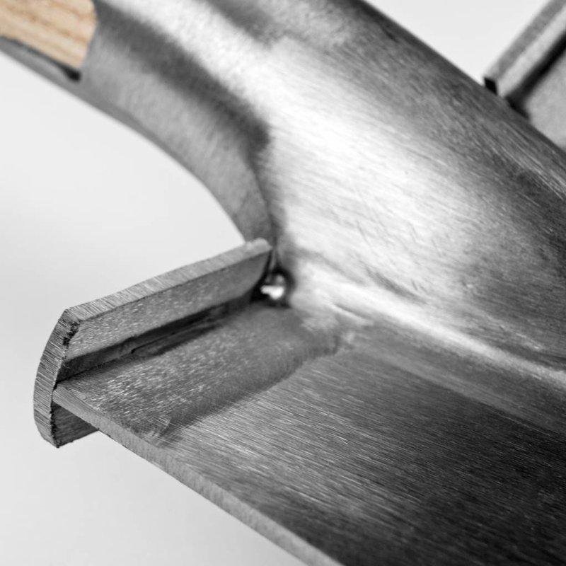 Pelle bêche pour les sols caillouteux avec repose-pied - Copy