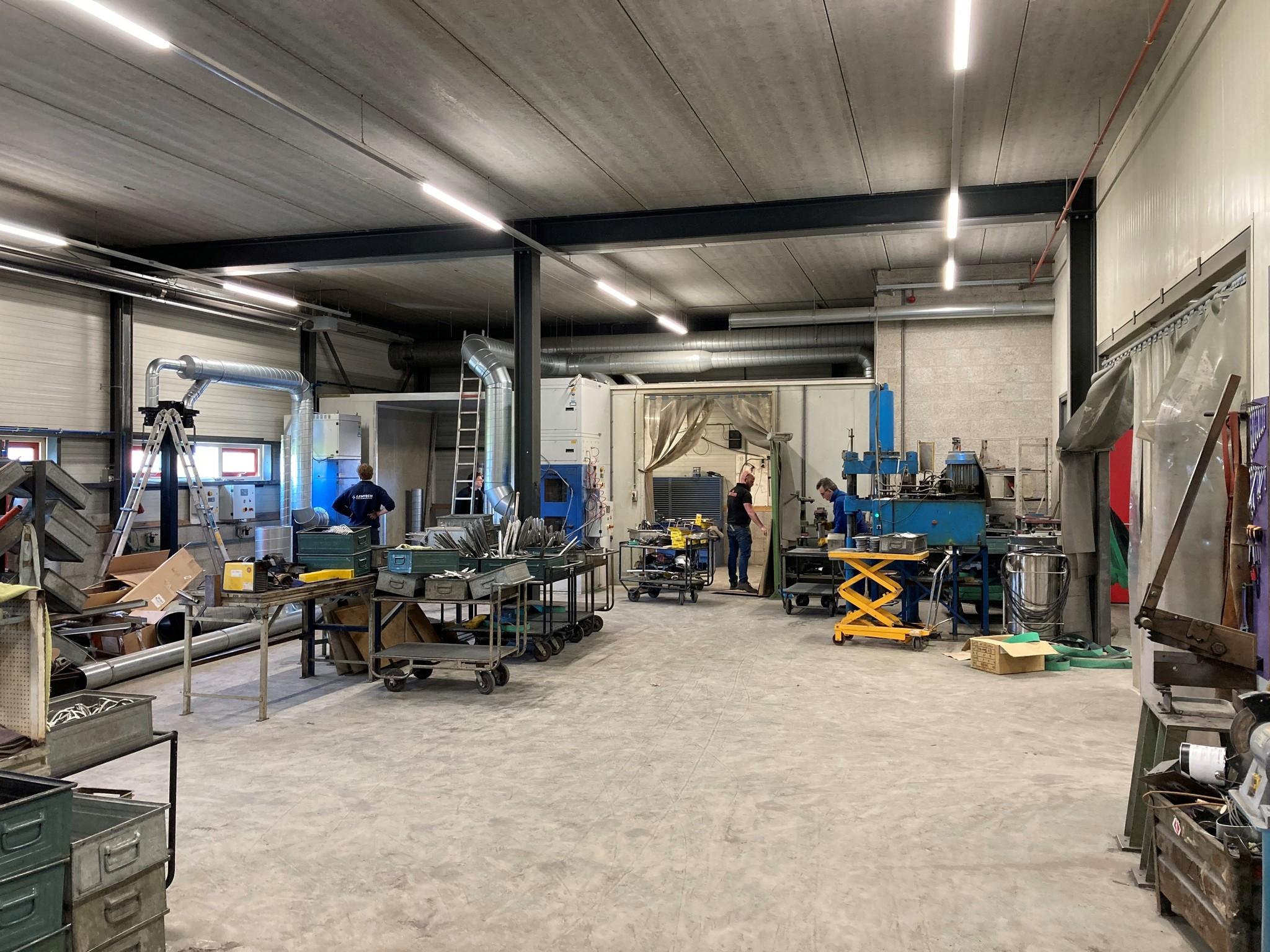 Workshop reconstruction