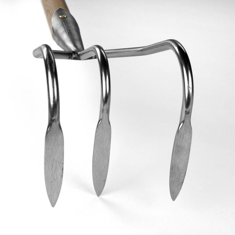 Cultivator 3 tines