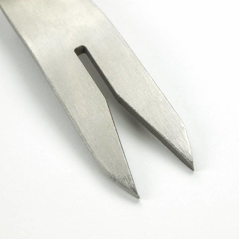 Cuillère à désherber à main