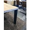 'Helsinki' rechthoekige eiken tafel met  hoekpoot uit staal