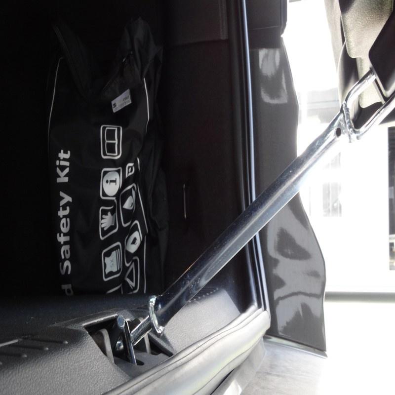 Hundos  Kofferbaksluiter 25 cm zilver