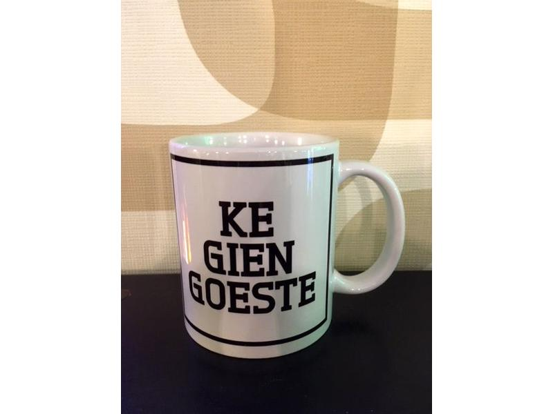 Urban Merch Mug 'Ke Gien Goeste'