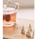 Kikkerland Tea holder 'Tea Fishermen'