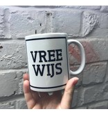 Urban Merch Tasse 'Vree Wijs'